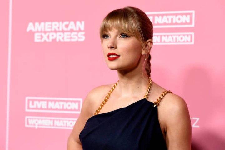 Taylor Swift'sfolkloreBroke So Many