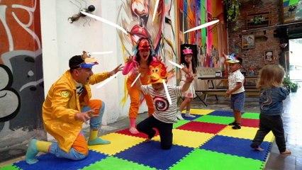 Los Meñiques De La Casa - Un Día De Juegos Con Los Meñiques De La Casa - Niños Y Diversión