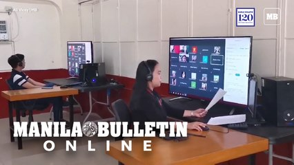 Faculty members of Saint Francis of Assisi College oriented their students for online schooling