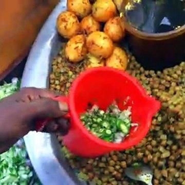 Chickpea Mix with Egg & Potato - ছোলা মাখা ও ঝাল মুড়ি
