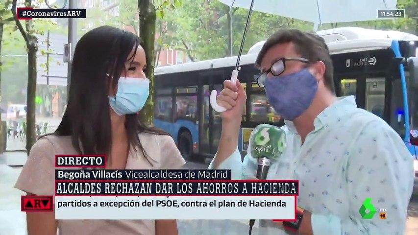 El ataque de risa de María Llapart en pleno directo por lo que le pasó a un reportero de 'Al Rojo Vivo'