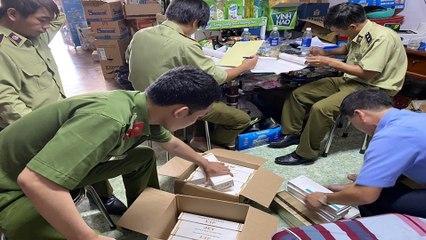 Hà Nội: Kiểm tra đột xuất và thu giữ hàng nghìn mỹ phẩm nhập lậu    VTC