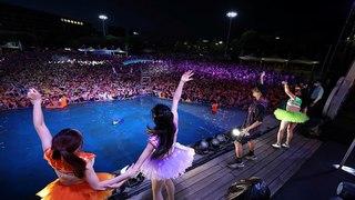 Vũ Hán ung dung mở tiệc hồ bơi