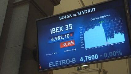 El Ibex 35 cae un 0,16 % y pierde un 2,41 % en la semana