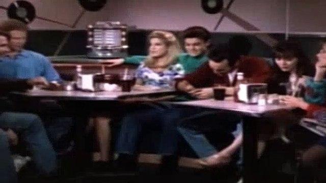 Beverly Hills BH90210 Season 2 Episode 27 - Mexican Standoff