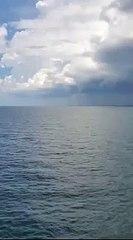 Sáu vòi rồng cùng xuất hiện một lúc tại vịnh Mexico