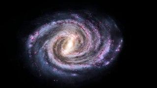 Misiones de la NASA exploran galaxia que parece un 'caza imperial'