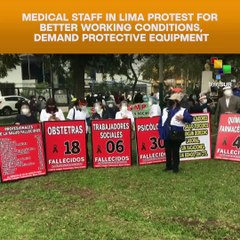 Medical staff in Lima protest for better working conditions