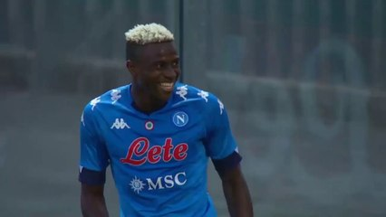 Osimhen inscrit un triplé pour ses débuts avec Naples