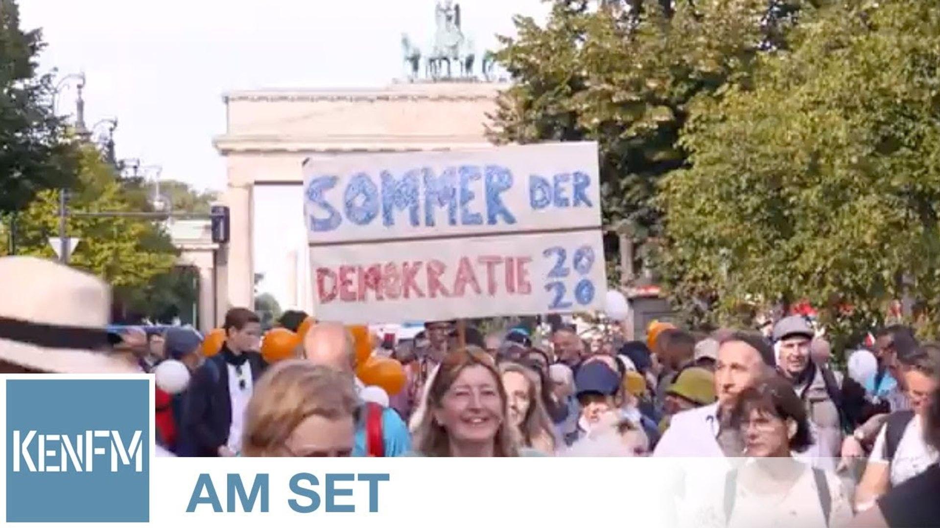 """KenFM am Set: Demo """"Berlin invites Europe – Fest für Freiheit und Frieden"""" am 29.08.2020 (Teil 1)"""