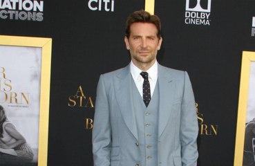 Bradley Cooper evden çıkamıyor