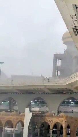 khana kaba rain2