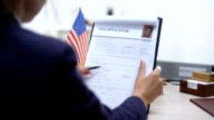 États-Unis : Les réseaux sociaux épluchés pour l'obtention d'un visa