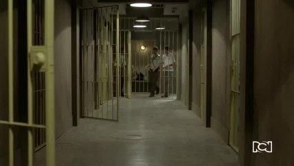 Alberto visitó a Mina en la cárcel