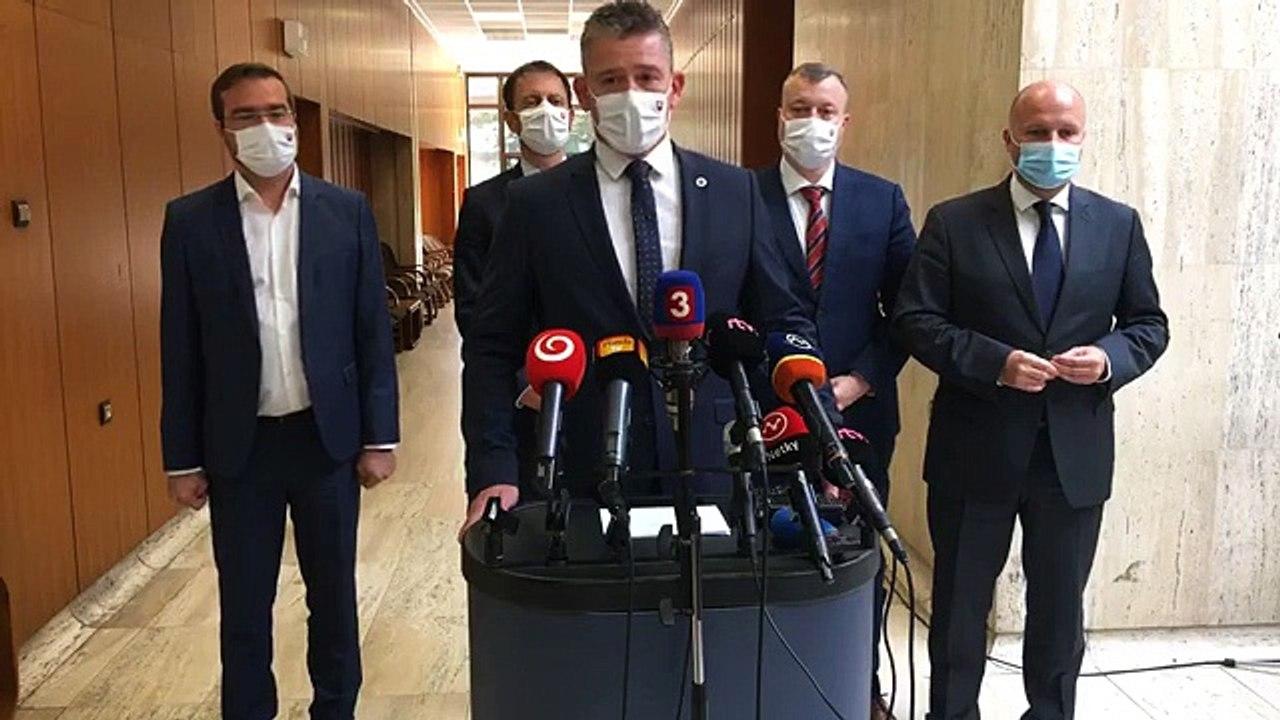 ZÁZNAM: Brífing ministrov po rokovaní Vlády SR