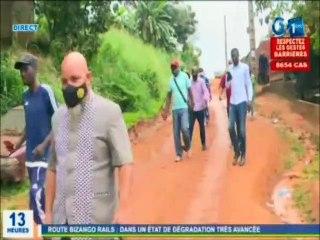 RTG - Visite de terrain du maire du 5e arrondissement de Libreville sur l'axe routier de Bizango Rails