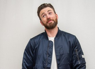 Chris Evans Had the Perfect Response to His Accidental NSFW Photo Post