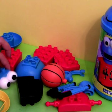 KNEX Cookie Monster Eating Cars Lightning McQueen Angry Birds Mater Basketball Playset cartoys