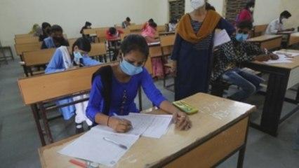La India reabre parcialmente sus escuelas por primera vez desde marzo
