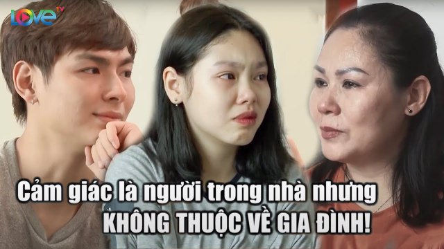 Mẹ khóc nghẹn vì nghe được tâm sự bí mật đau lòng của 2 đứa con cùng mẹ khác cha