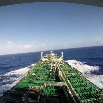 Sailing Across Pacific Ocean with Tanker - Microphone on ship´s bow - Relaxing W