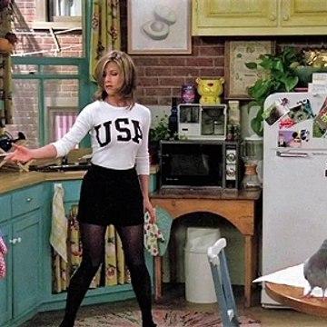 Jennifer Aniston's Best Outfits as Rachel from Friends [HD Slideshow]