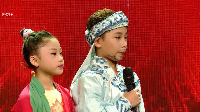 Vy Oanh - Phương Thanh há hốc với tiết mục dancesport kết hợp cải lương.