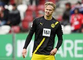 Bundesliga : Augsbourg surprend Dortmund