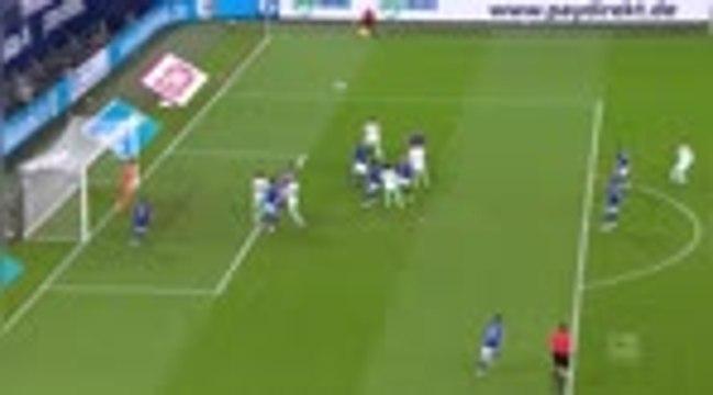 2e j. - Schalke coule encore