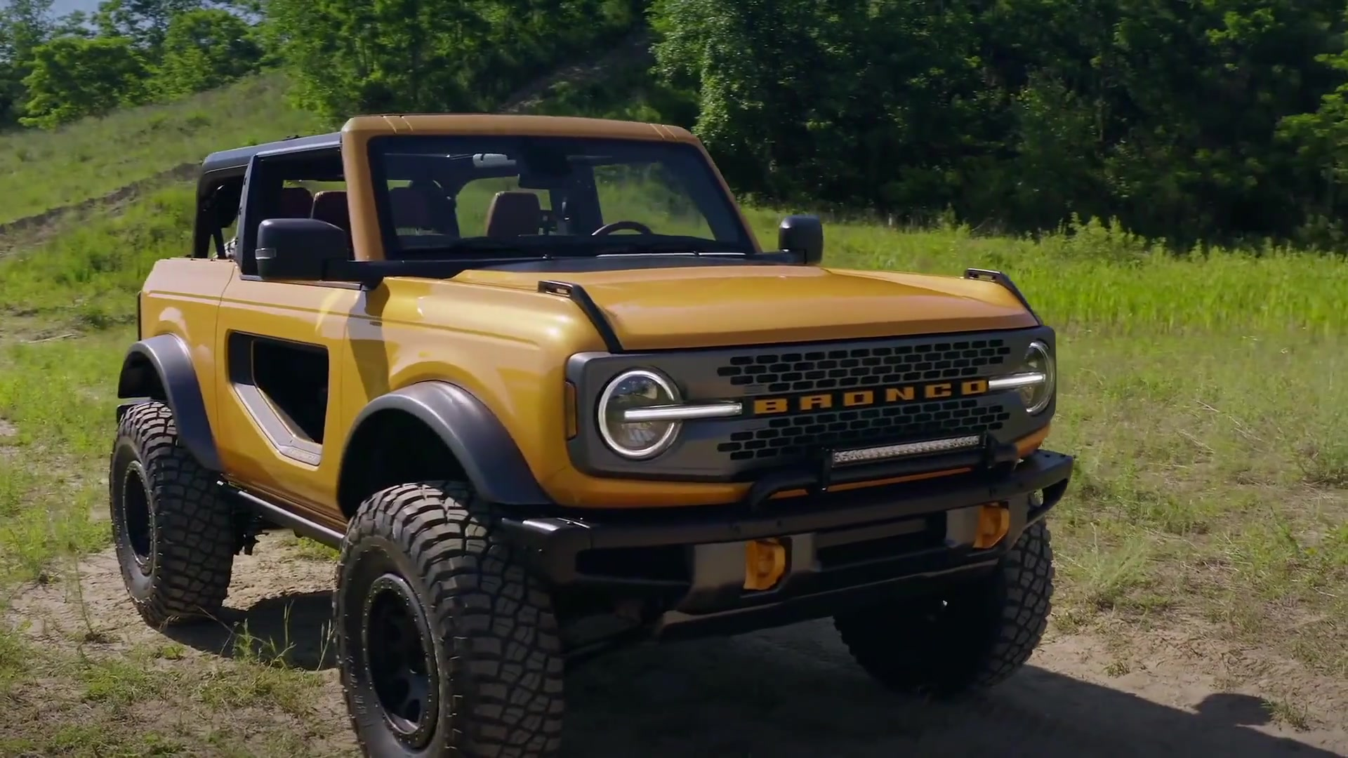 All-new 2021 Ford Bronco two-door and four-door Exterior Design