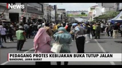 Omzet Menurun Pedagang di Pasar Baru Bandung Buka Paksa Jalan Otista