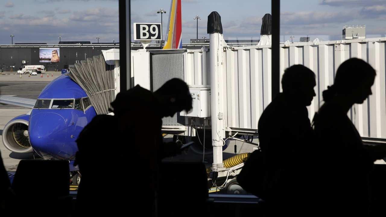 CDC Recommends Families Avoid Thanksgiving Travel