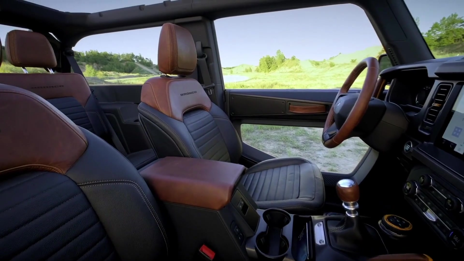 All-new 2021 Ford Bronco two-door and four-door Interior Design