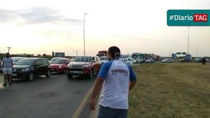 """""""Le vamos a meter garrote"""", las amenazas de un camionero a las familias que marcharon al puente"""