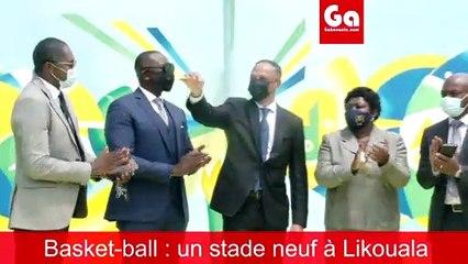 Franck Nguema remet les clés du stade de basket de Likouala
