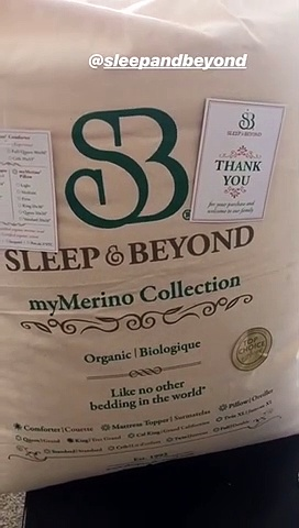 Wellness Coach Holly Tristan aka hollyskeepingitreal – myMerino comforter review
