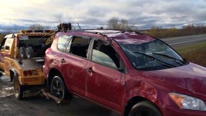 Spectaculaire accident près de Saint-Léonard
