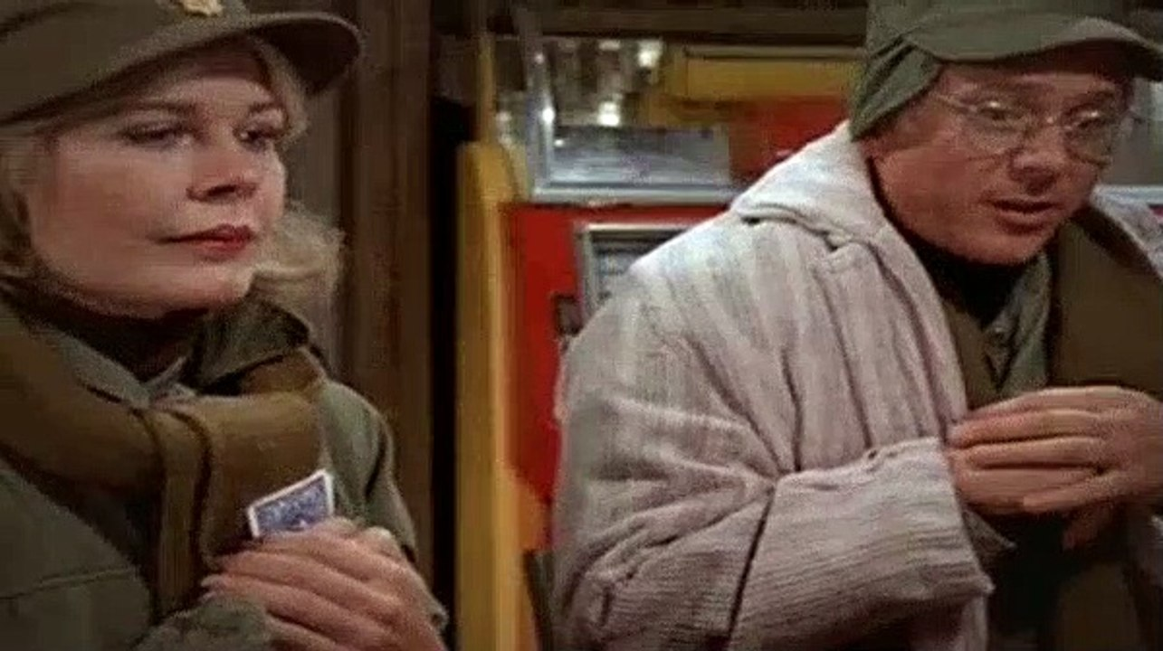 M*A*S*H  : Deal Me Out S2, Ep13