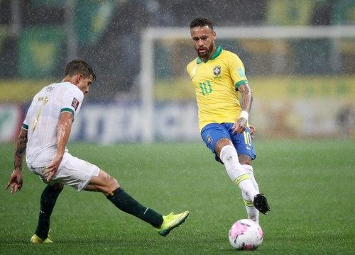 Brésil - Les deux passes décisives délicieuses de Neymar