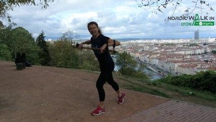 NordicWalkin'Lyon by Alptis 2020 - Echauffement animé par Sylvie Vitelli - Participants de Lyon
