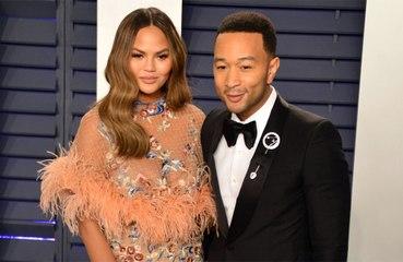 Un emocionado John Legend dedica su última actuación televisiva a su esposa Chrissy Teigen