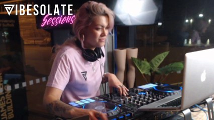 Vibesolate Sessions: Girls DJ Better