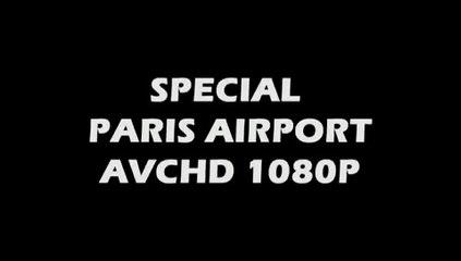 Un OVNI survolant aeroport de PARIS-Roissy