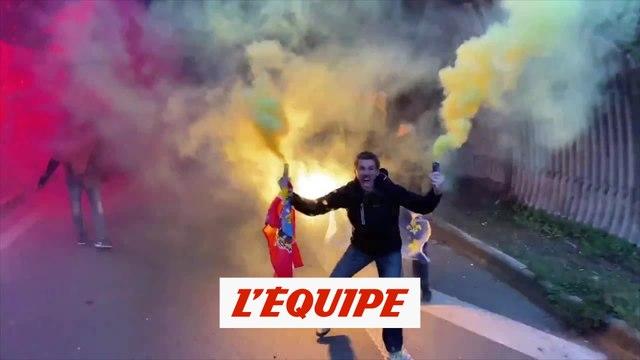 L'incroyable ambiance mise par les supporters - Foot - L1 - Lens