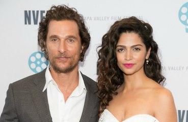 'Temos um amor inquestionável', diz Matthew McConaughey sobre Camila Alves