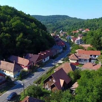 A mi kis falunk S05E05 1080i