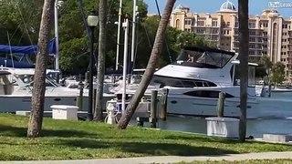 Il n'a plus de frein sur son bateau en arrivant au port