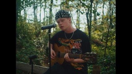 Finn Askew - Roses