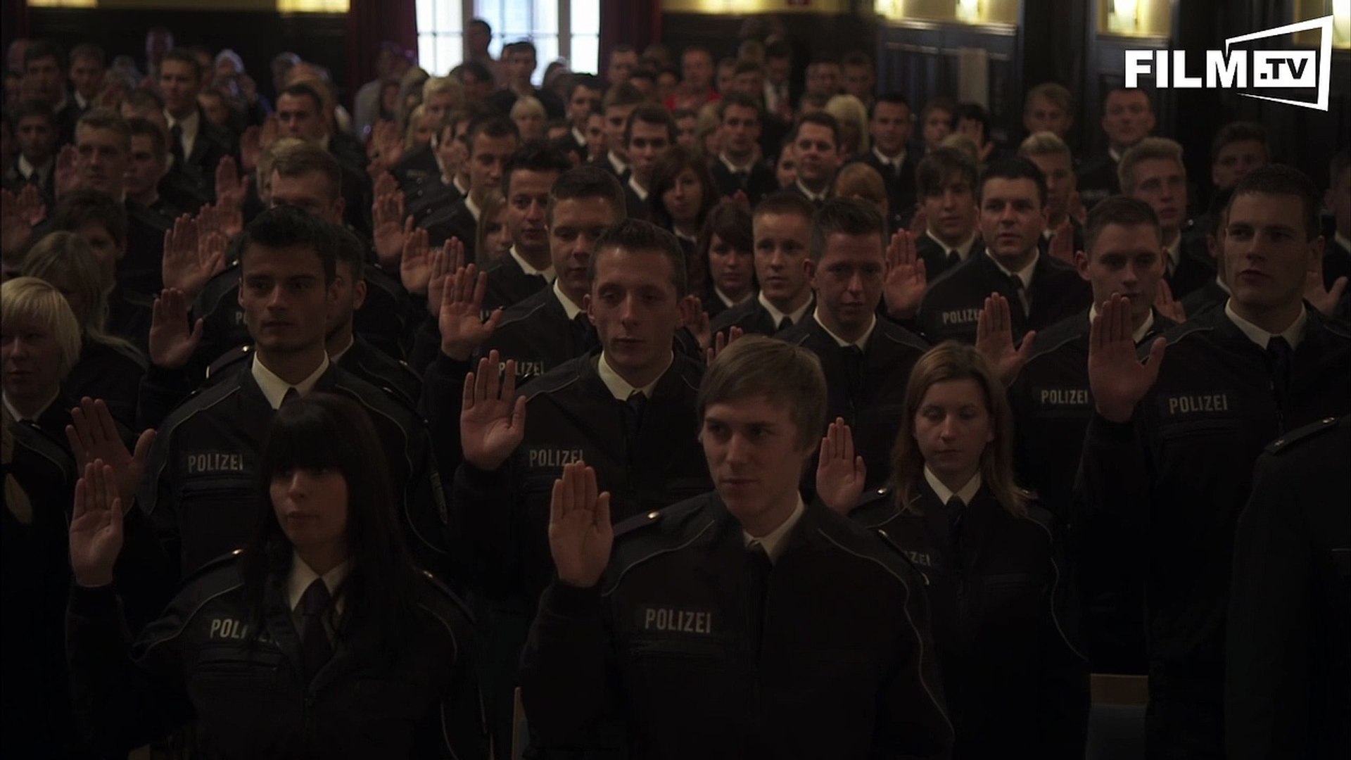 Staatsdiener - Trailer - Filmkritik (2015) - Trailer