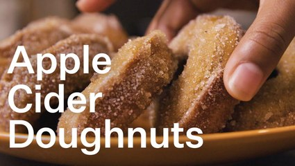 How to Make Baked Apple Cider Donuts With Cinnamon Nutmeg Sugar